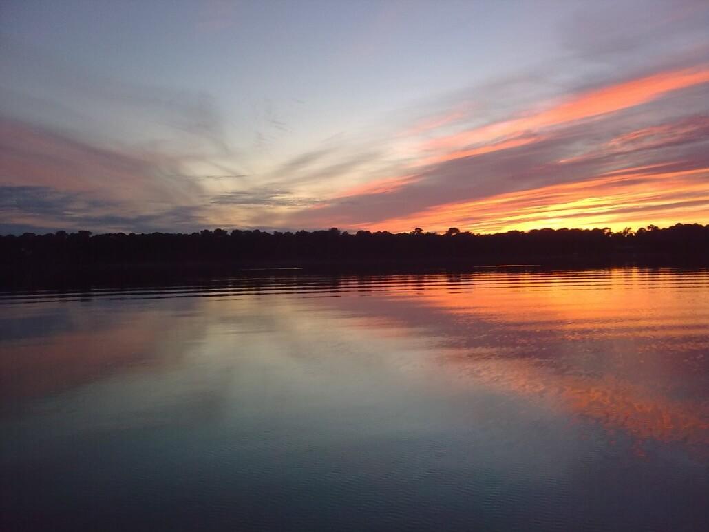 Coucher de soleil sur le lac de Lacanau
