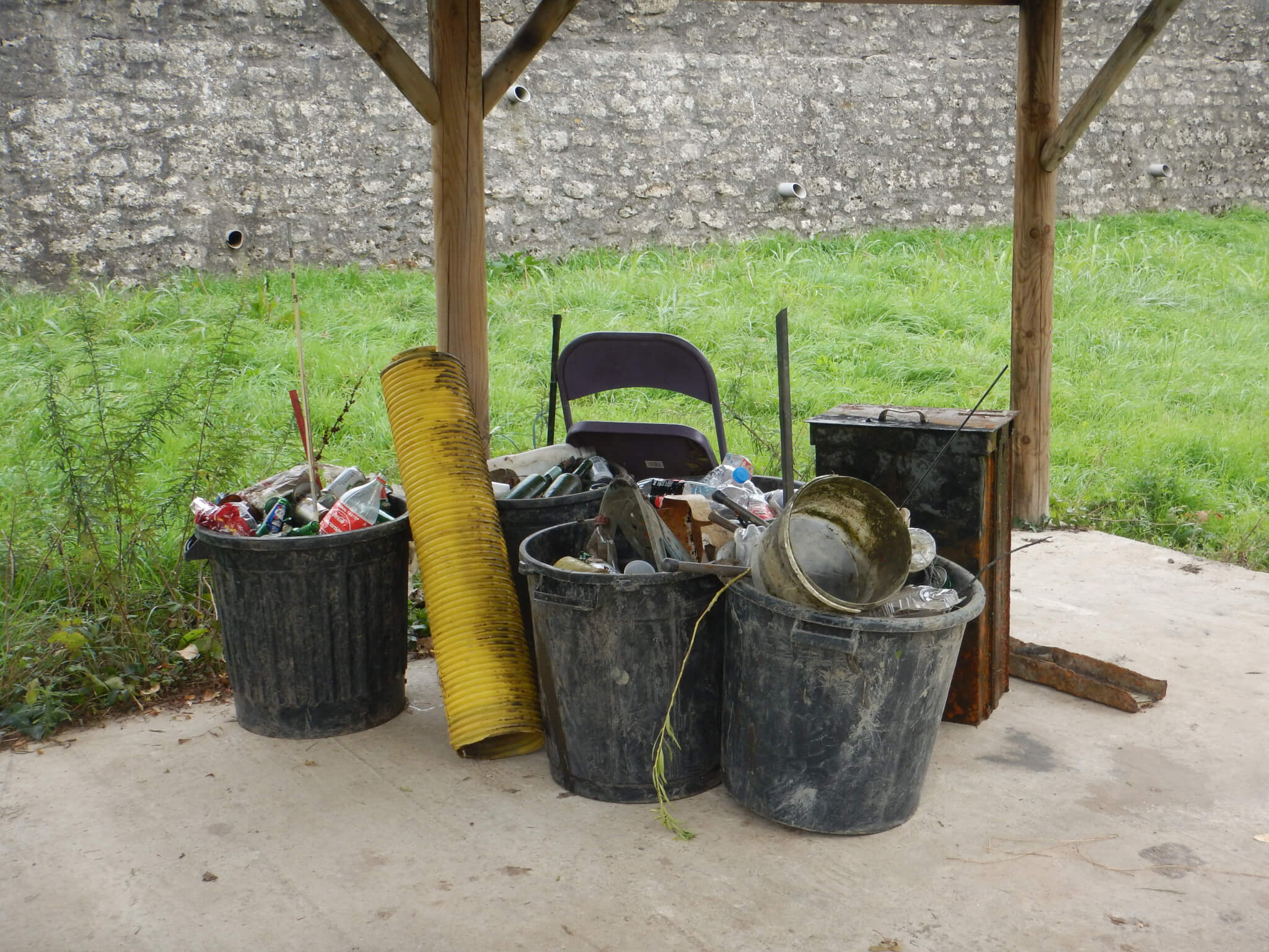 photo 6 déchets récupérés sur les étangs 1 et 2